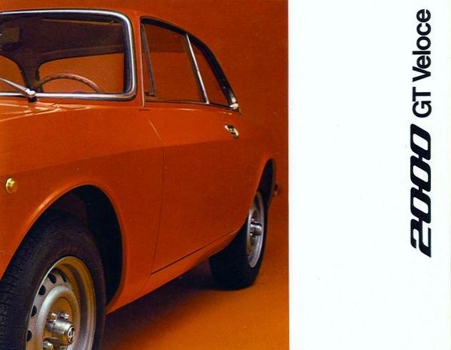 Nouveau avec un Bertone backdating - Page 2 Alfa-Romeo-2000-GT-Veloce-Pub-02