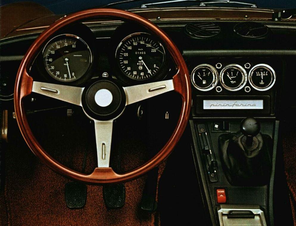 Alfa Spider Tableau De Bord on 1973 Alfa Romeo Spider